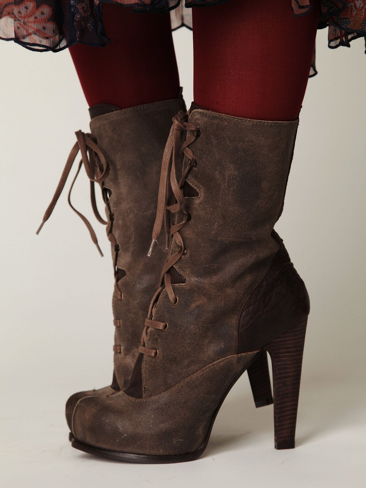 Hoss Victorian Boot