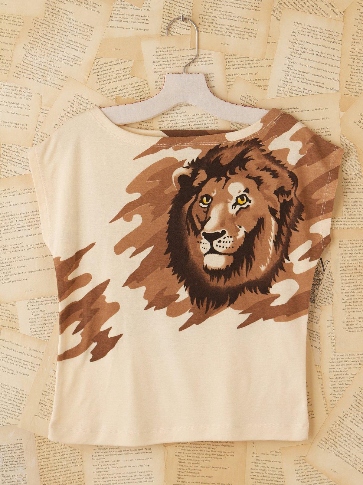 Vintage Lion Tee Shirt