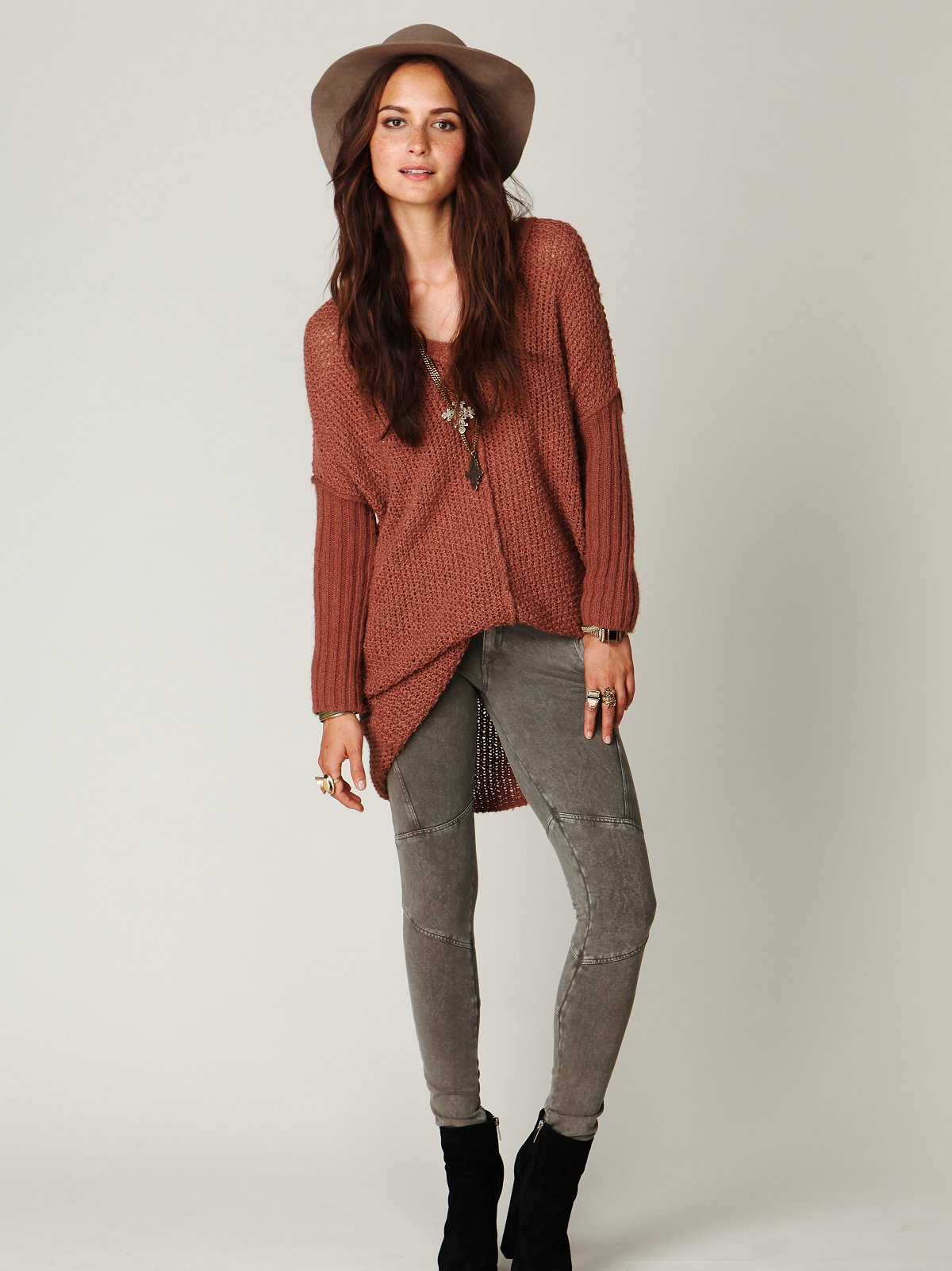 Seamed Knit Skinny Pants with Back Zippers