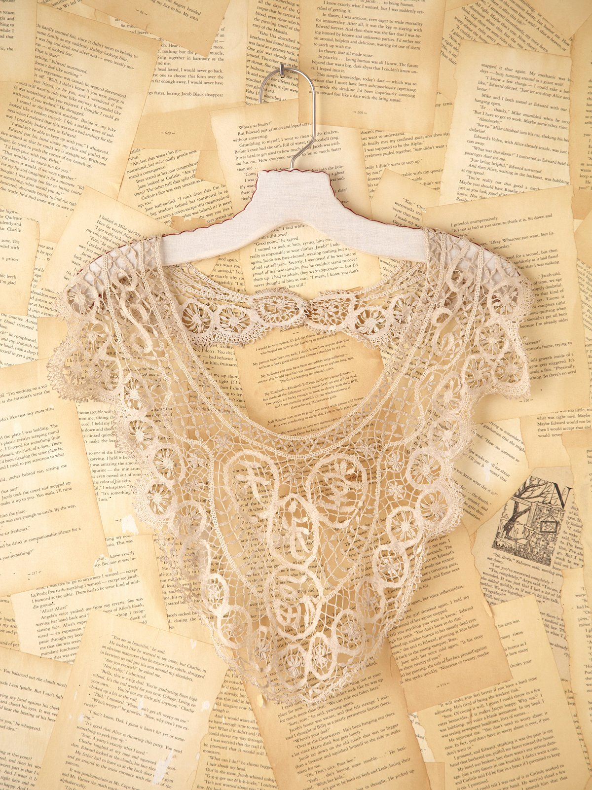 Vintage Victorian Lace Necklace