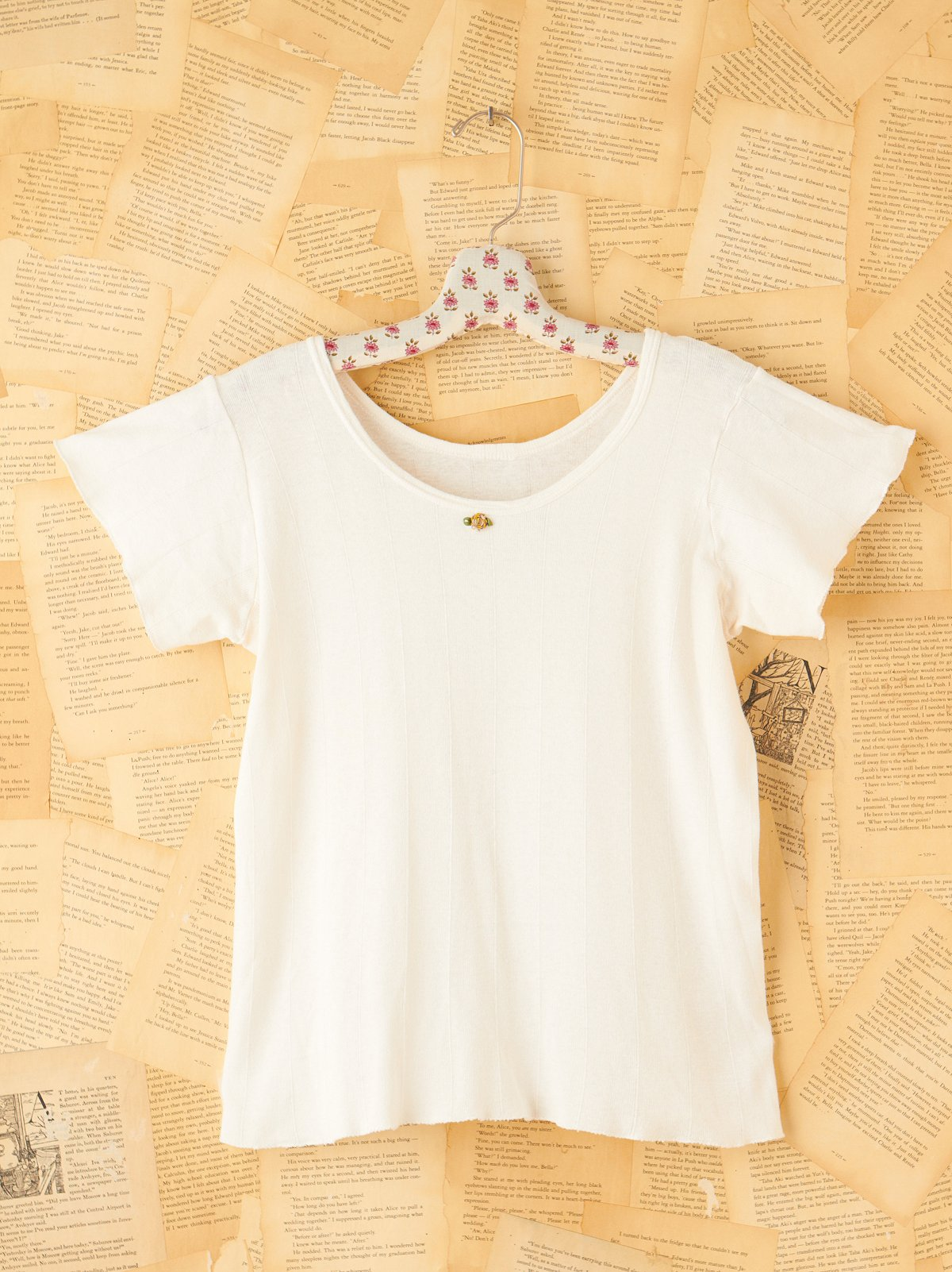 Vintage White Angel T-Shirt with Flower Embroidery