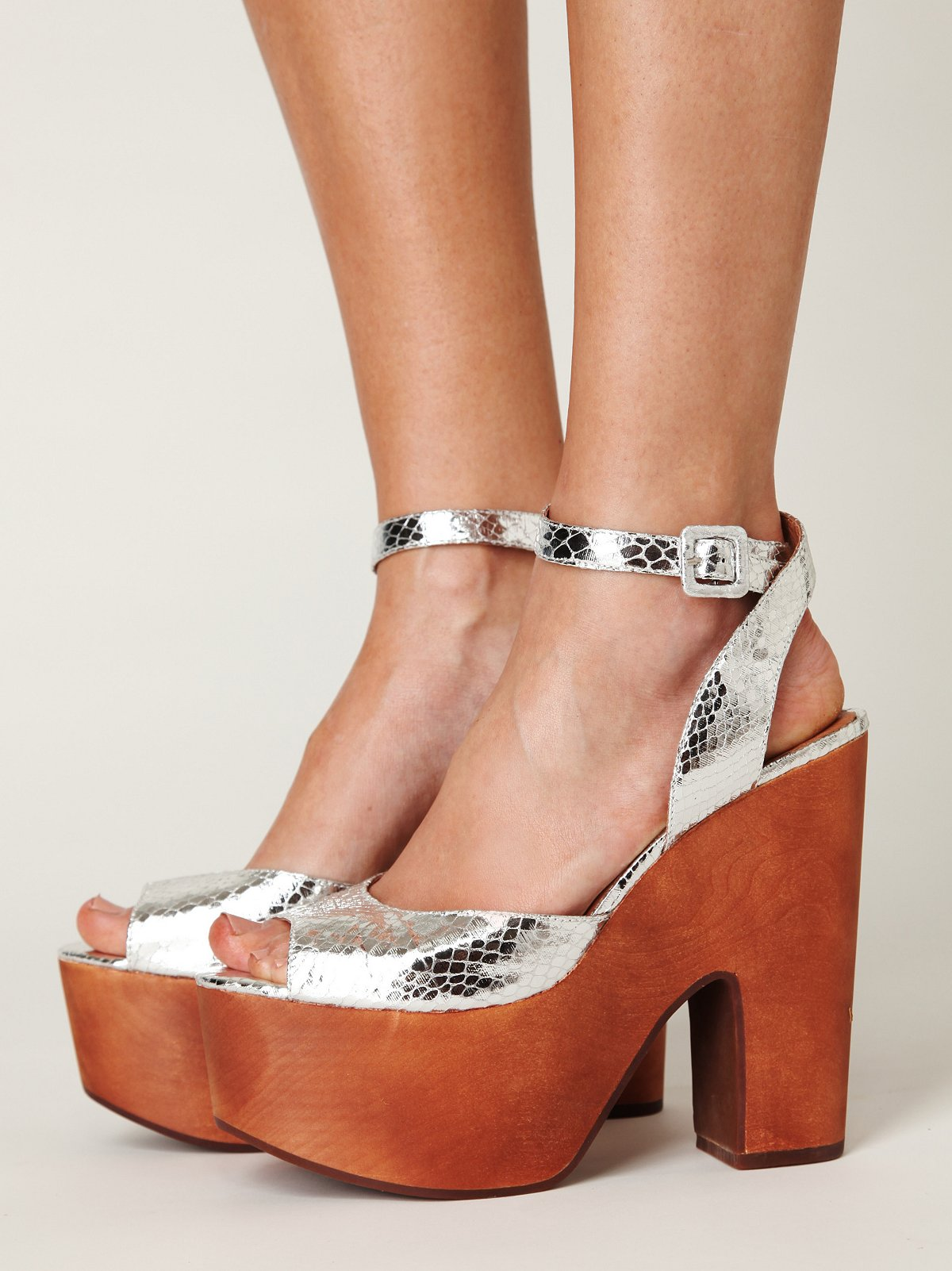 Posey Ankle Strap Platform