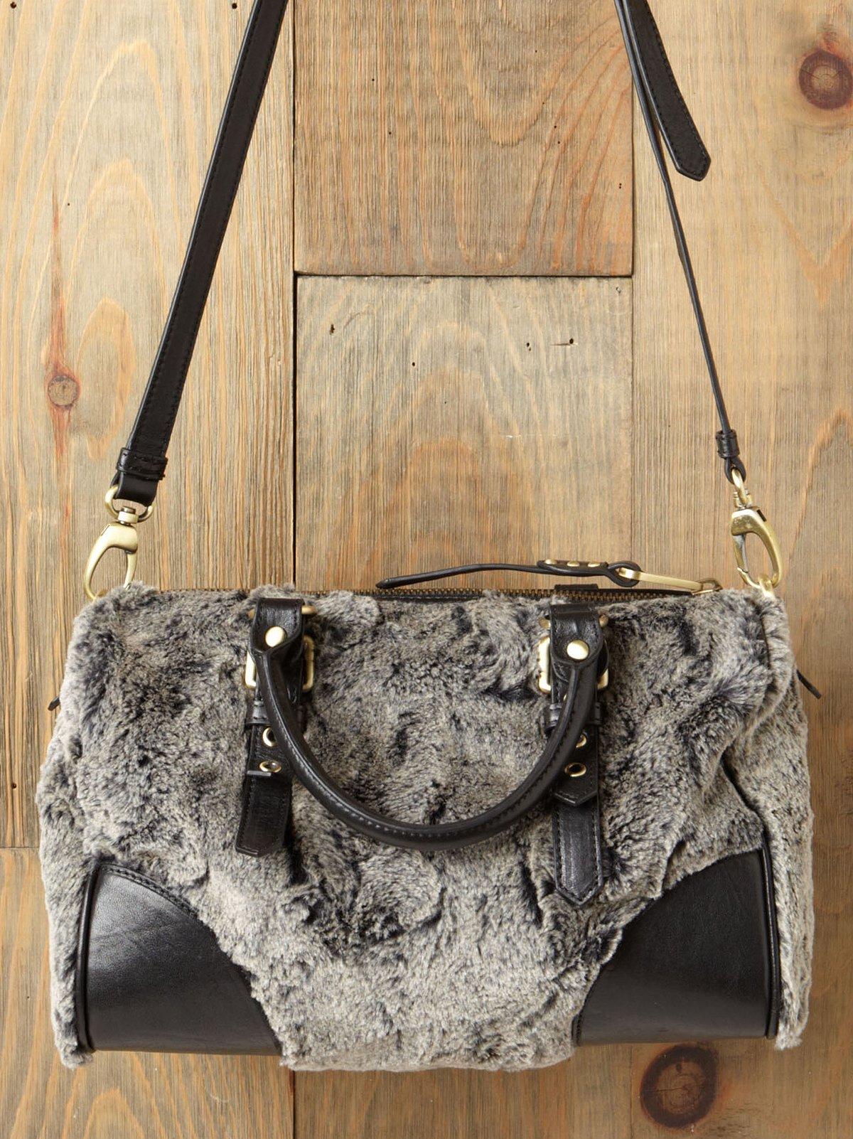 Quinn Cozy Handbag