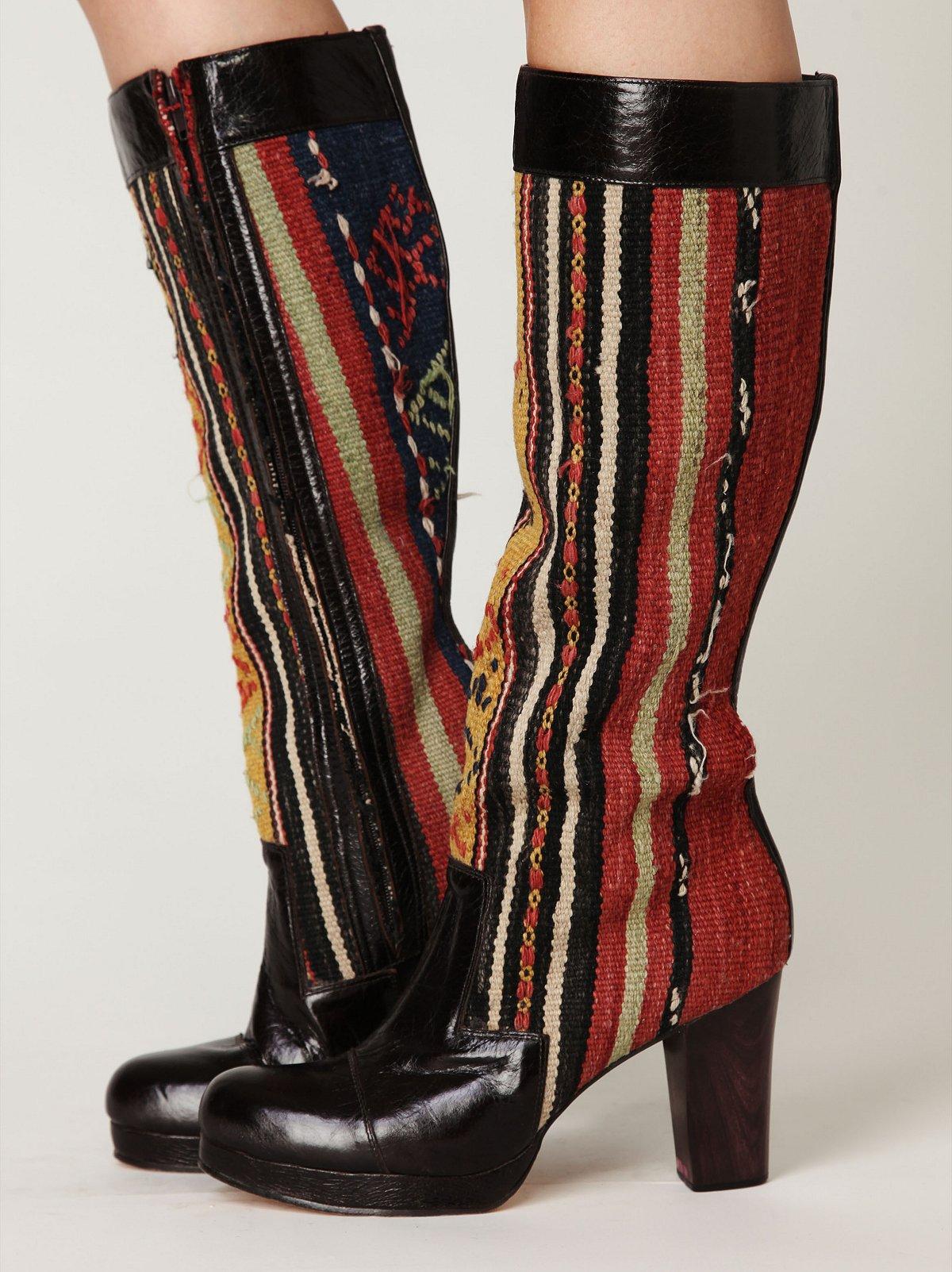 Manta Tall Boot