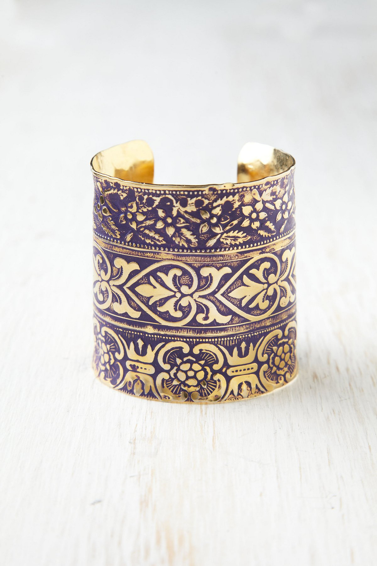 Engraved River Cuff