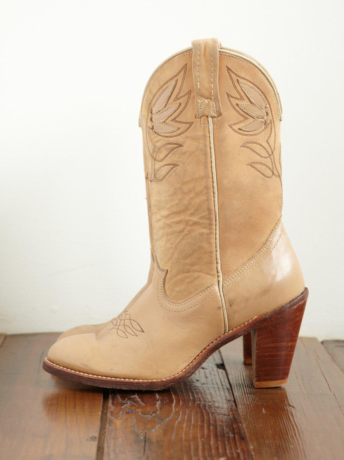 Vintage Tan Cowboy Boots