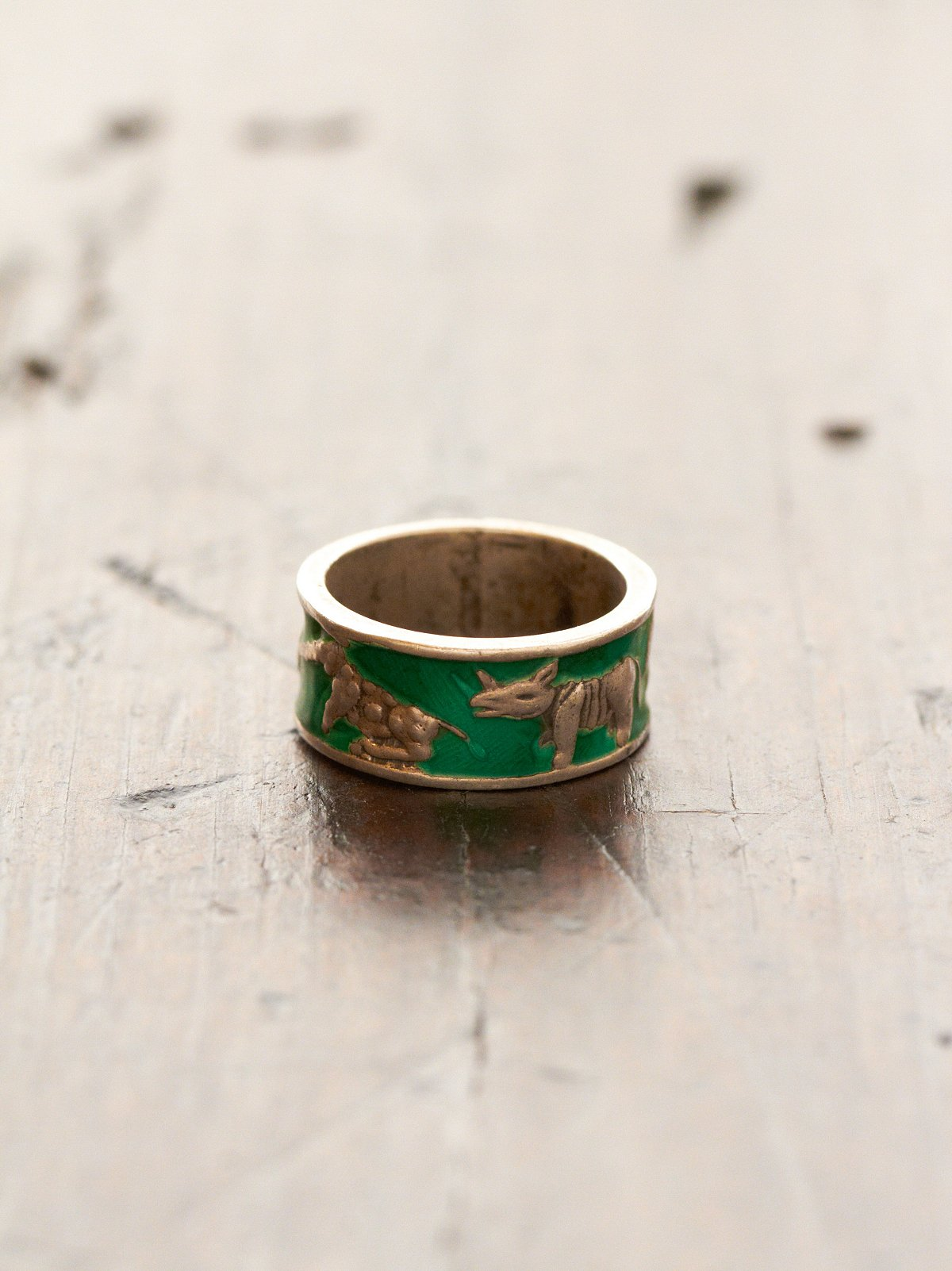 Vintage Green Animal Ring