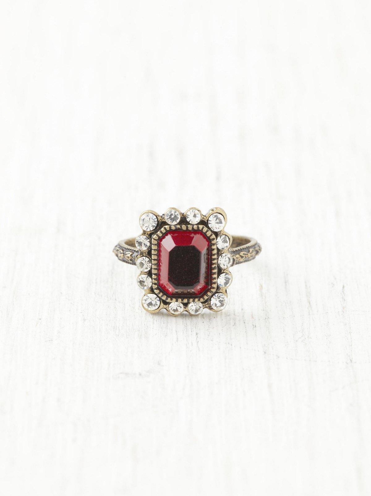 Deco Stone Ring