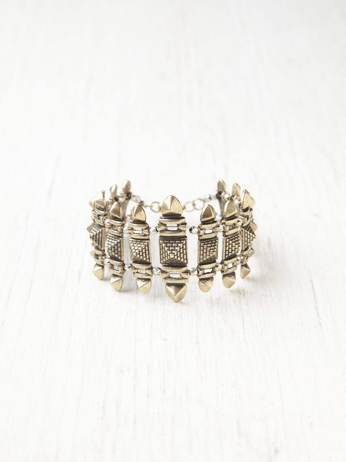 Textured Turret Bracelet