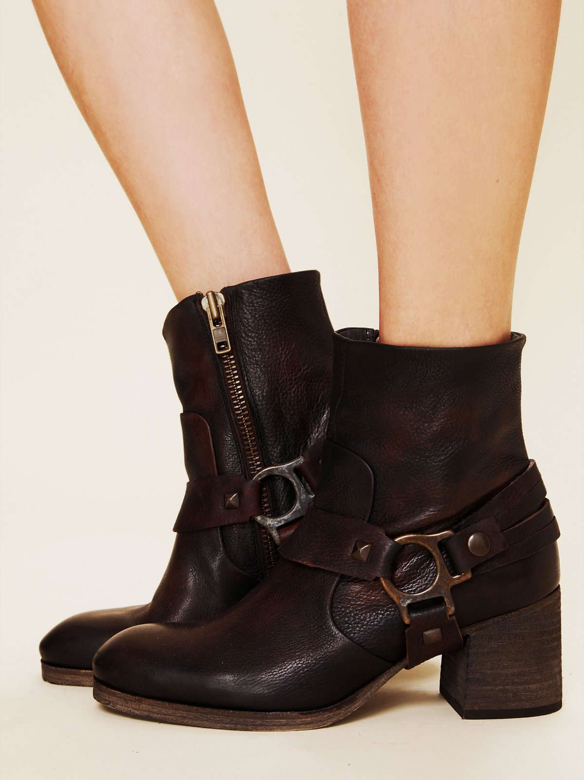 Hook Leather Ankle Boot