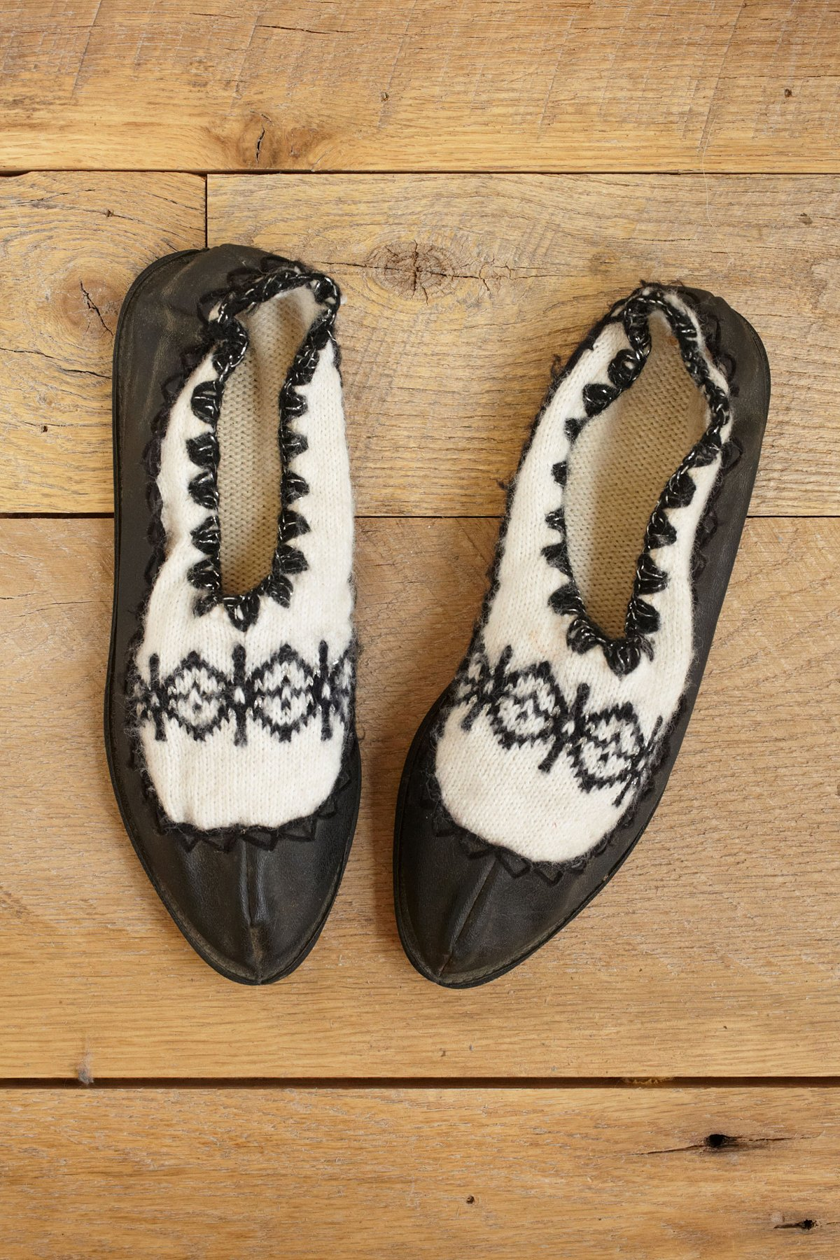 Vintage Knit Slippers