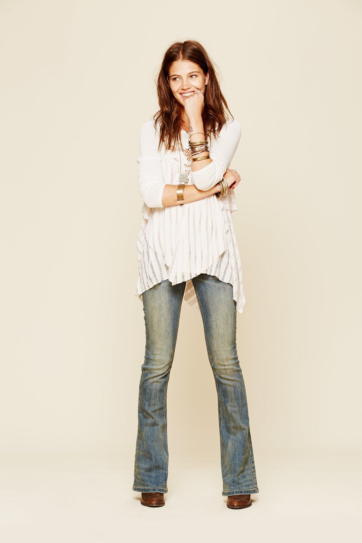 5口袋设计紧身喇叭裤