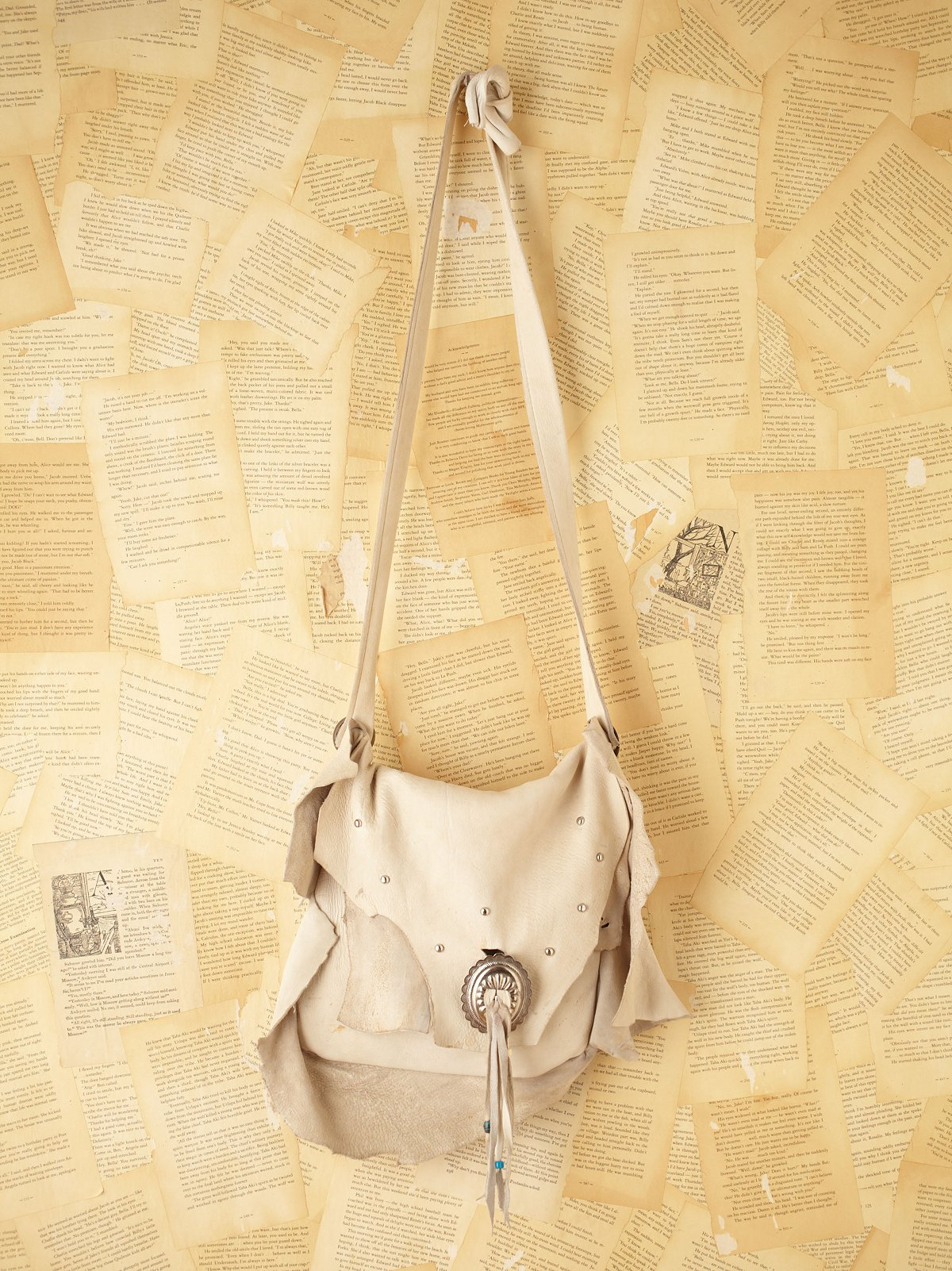 Vintage Leather Bag with Conch Details