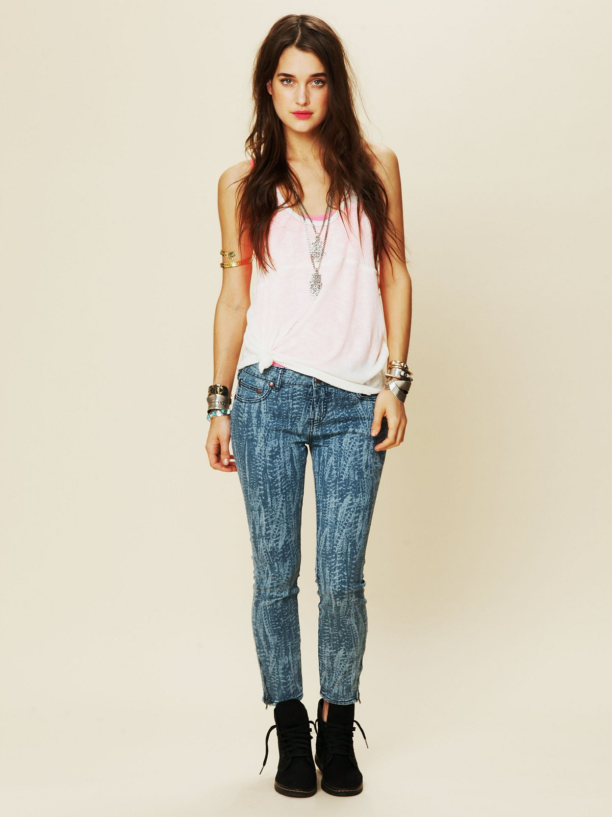 Feather Print Ankle Crop