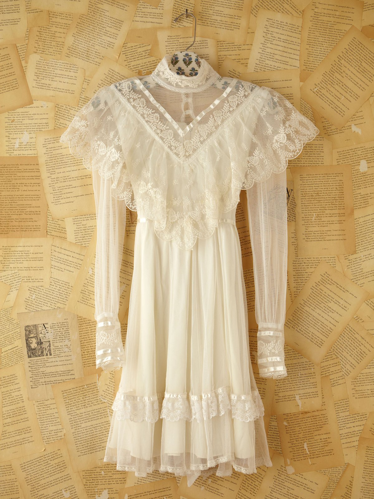 Vintage Gunne Sax Lace Dress