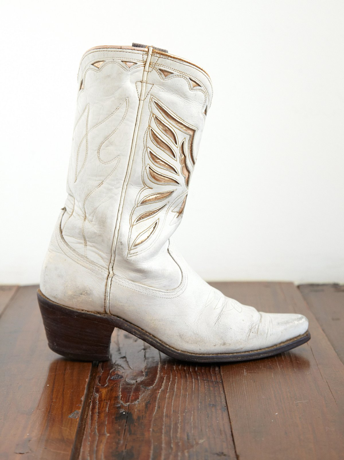 Vintage Angel Wing Cowboy Boots