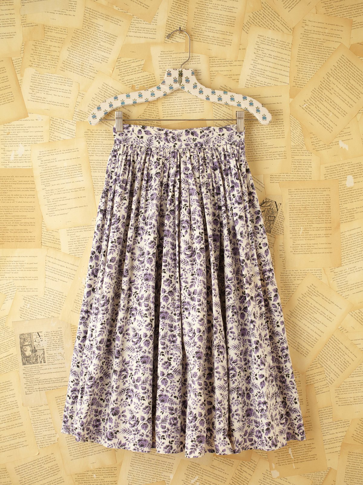 Vintage Knee Length Skirt