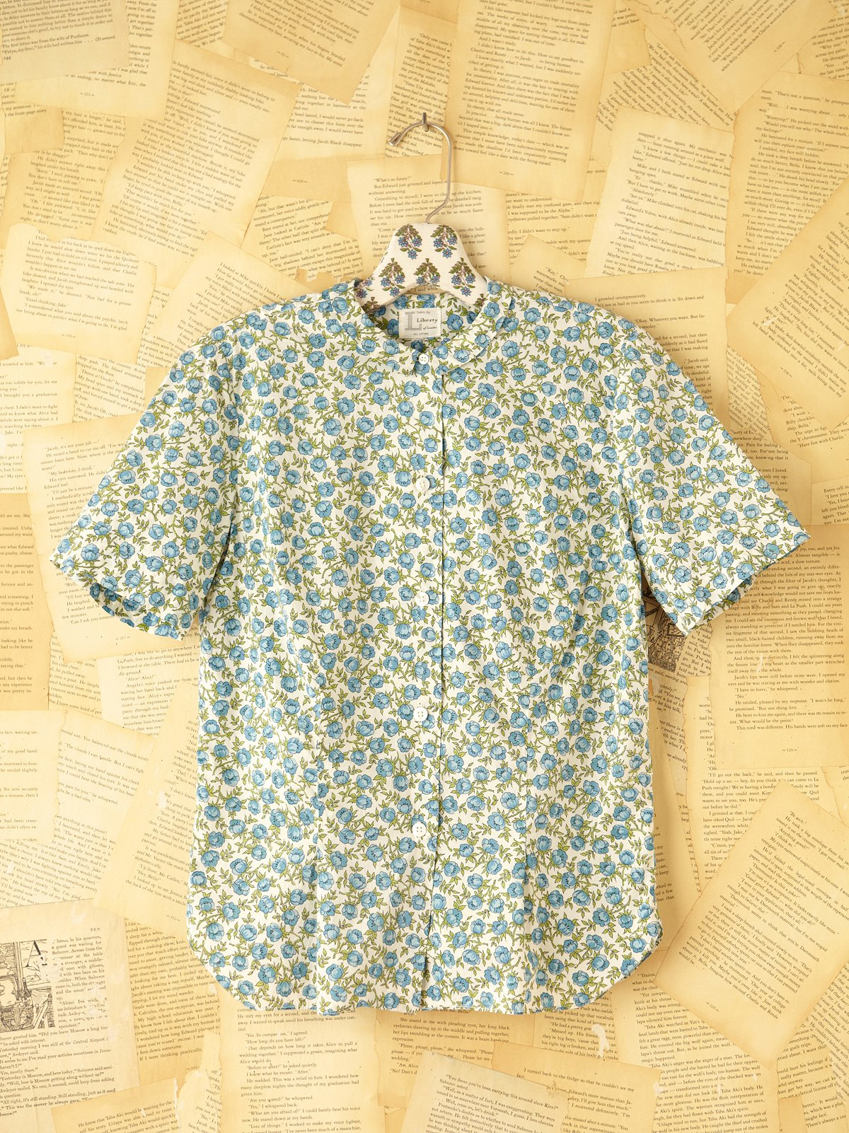 Vintage Floral Buttondown Shirt