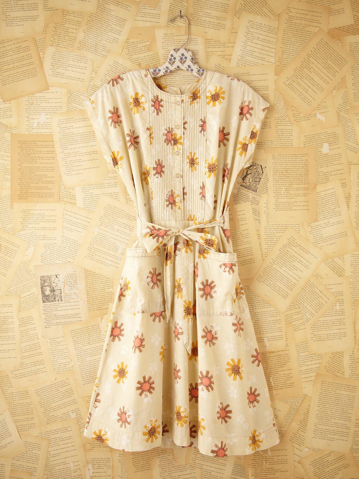 Vintage Daisy Print Dress