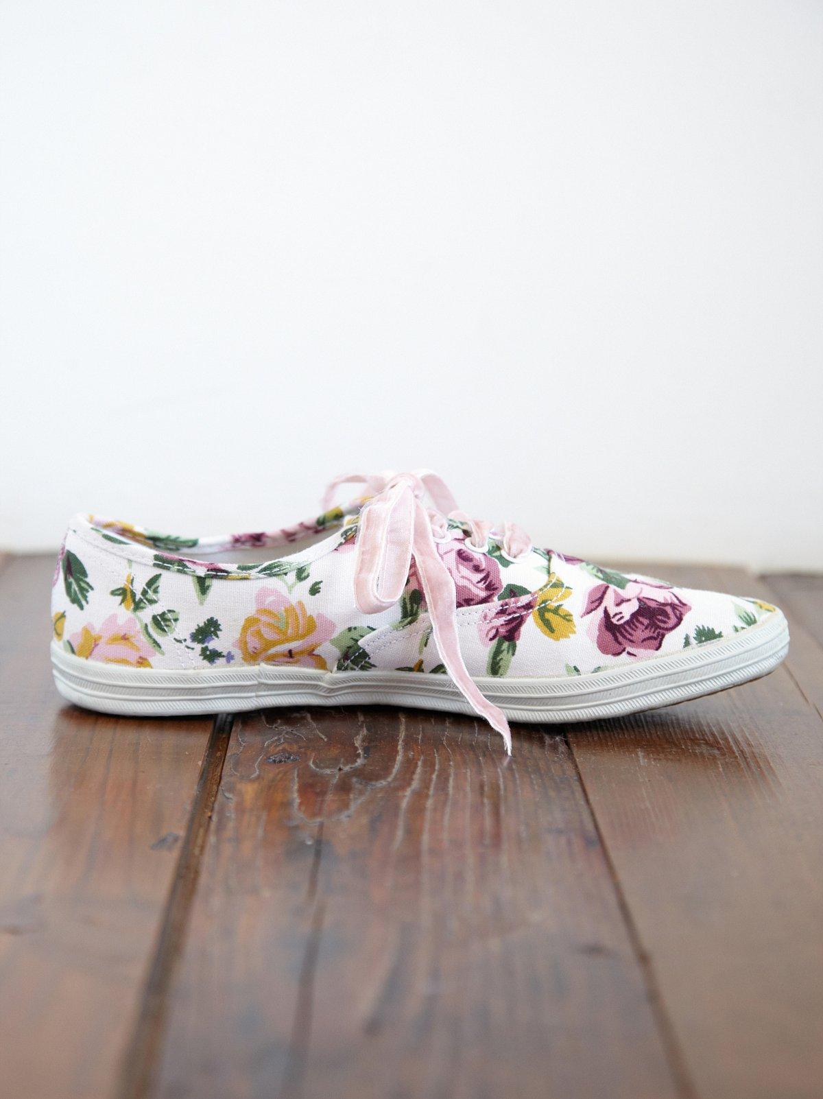 Vintage Flowerpower Sneakers