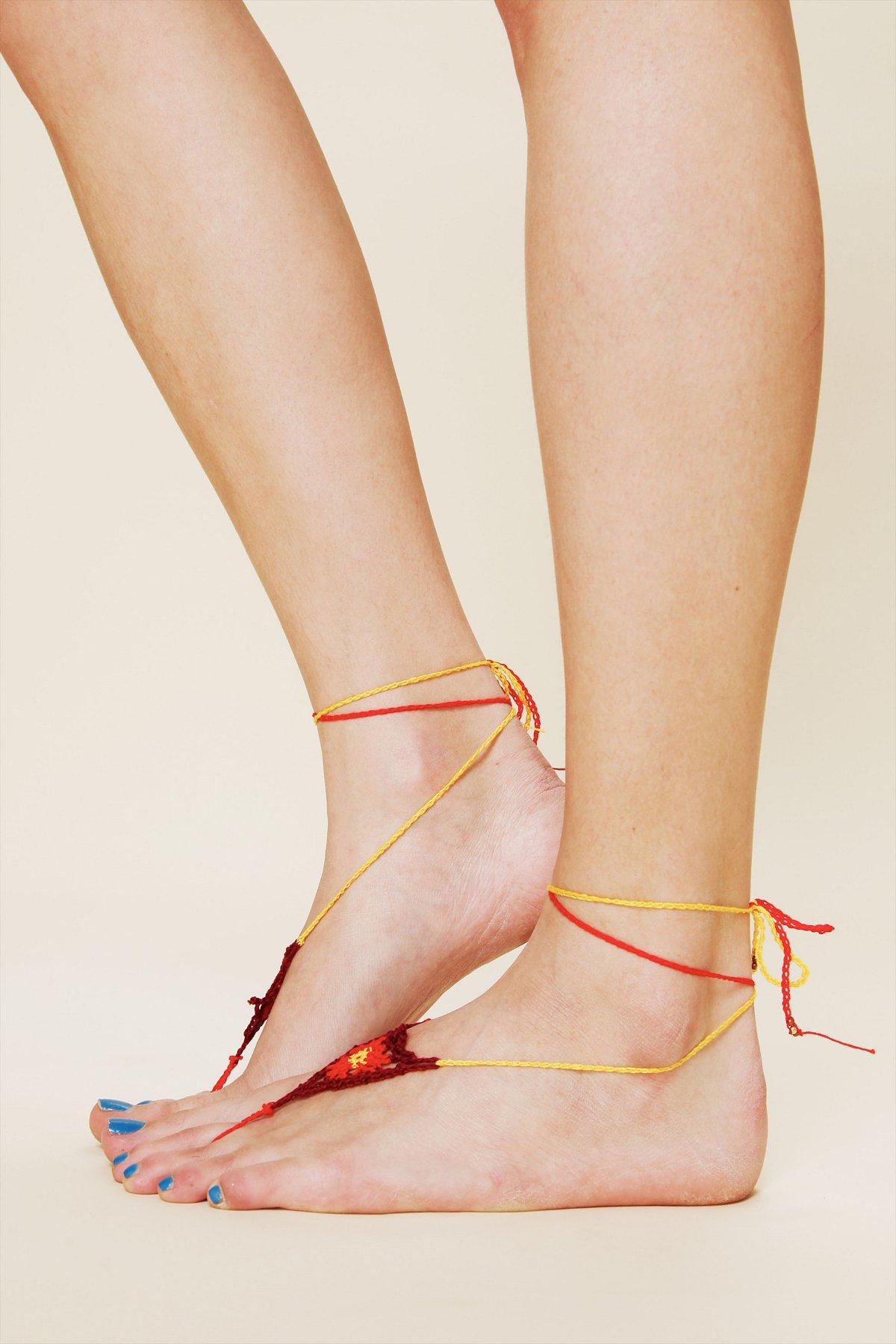 Small Barefoot Footsie