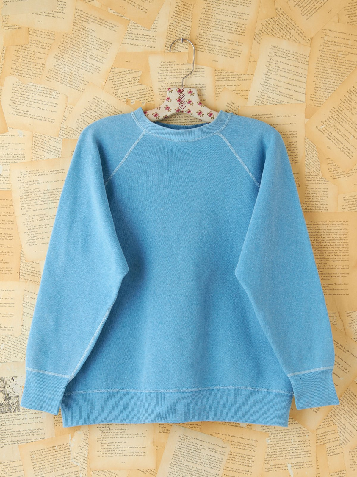 Vintage 1960s Blue Pullover Sweatshirt