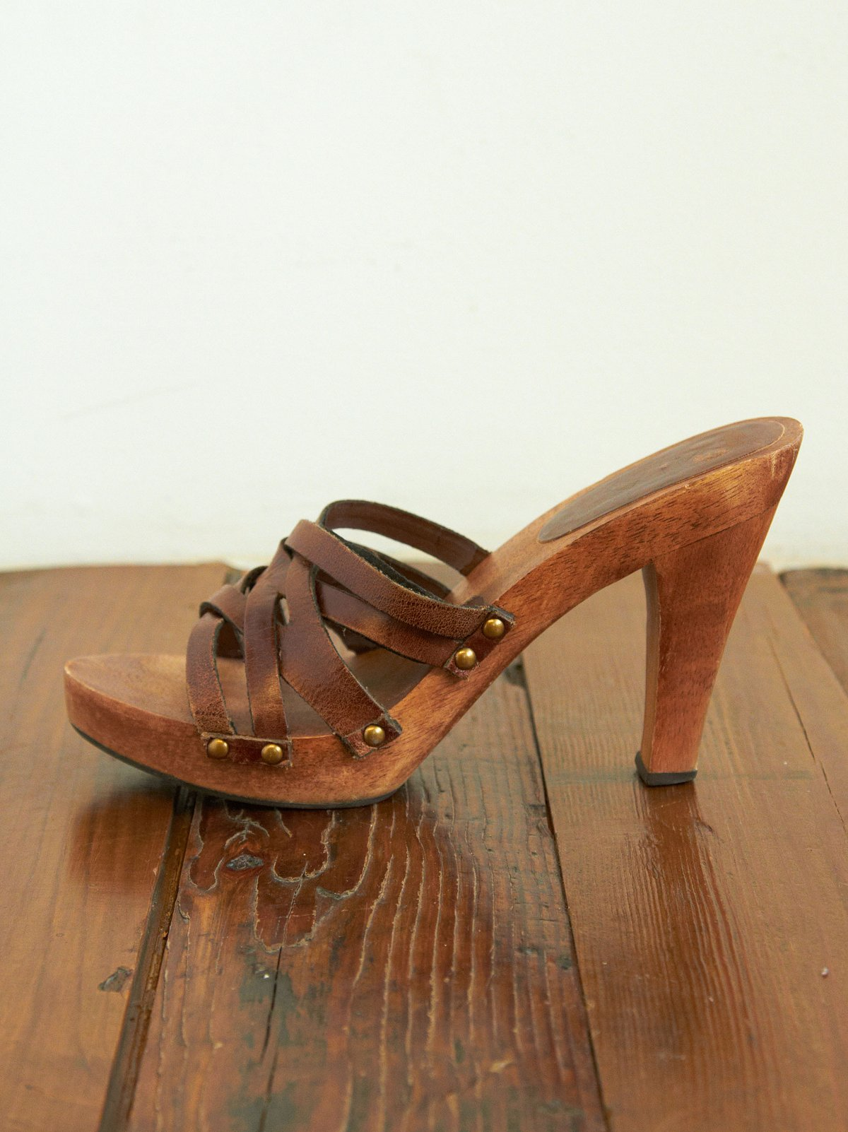 Vintage Brown Woven Leather Clog Sandals