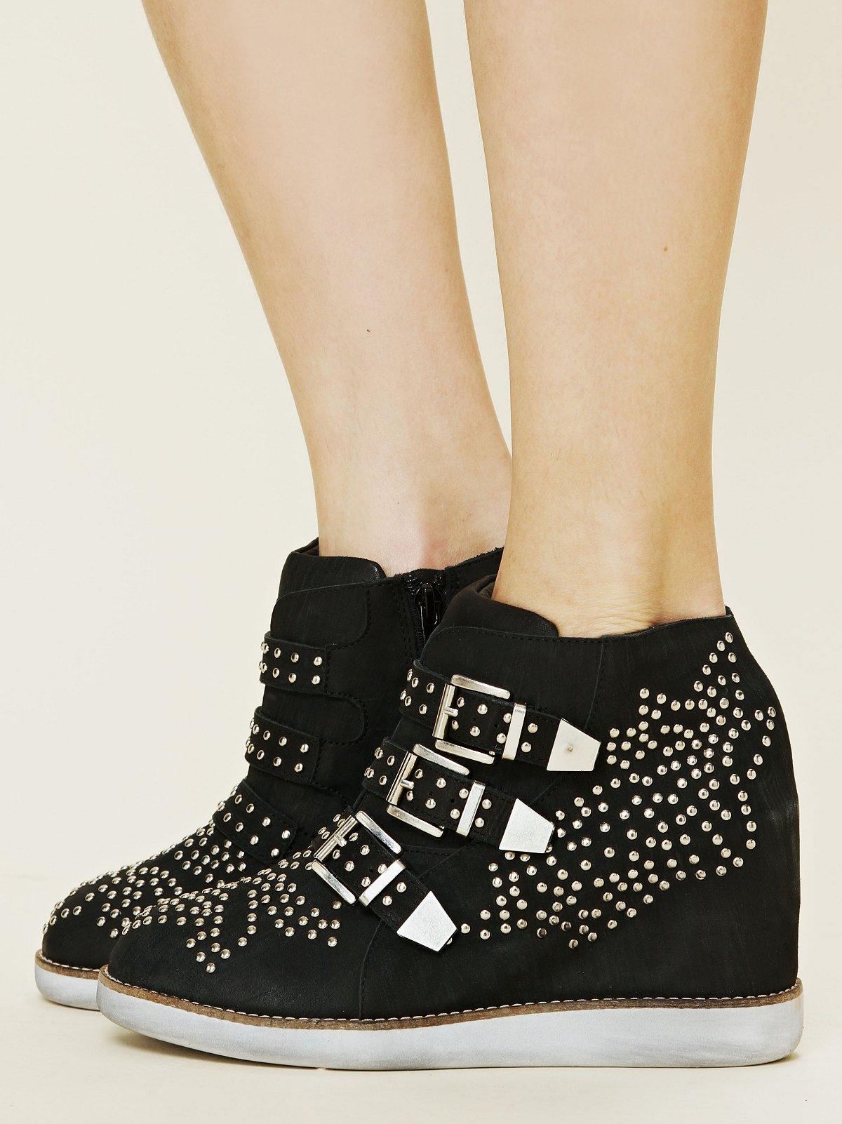 Verona Wedge Sneaker