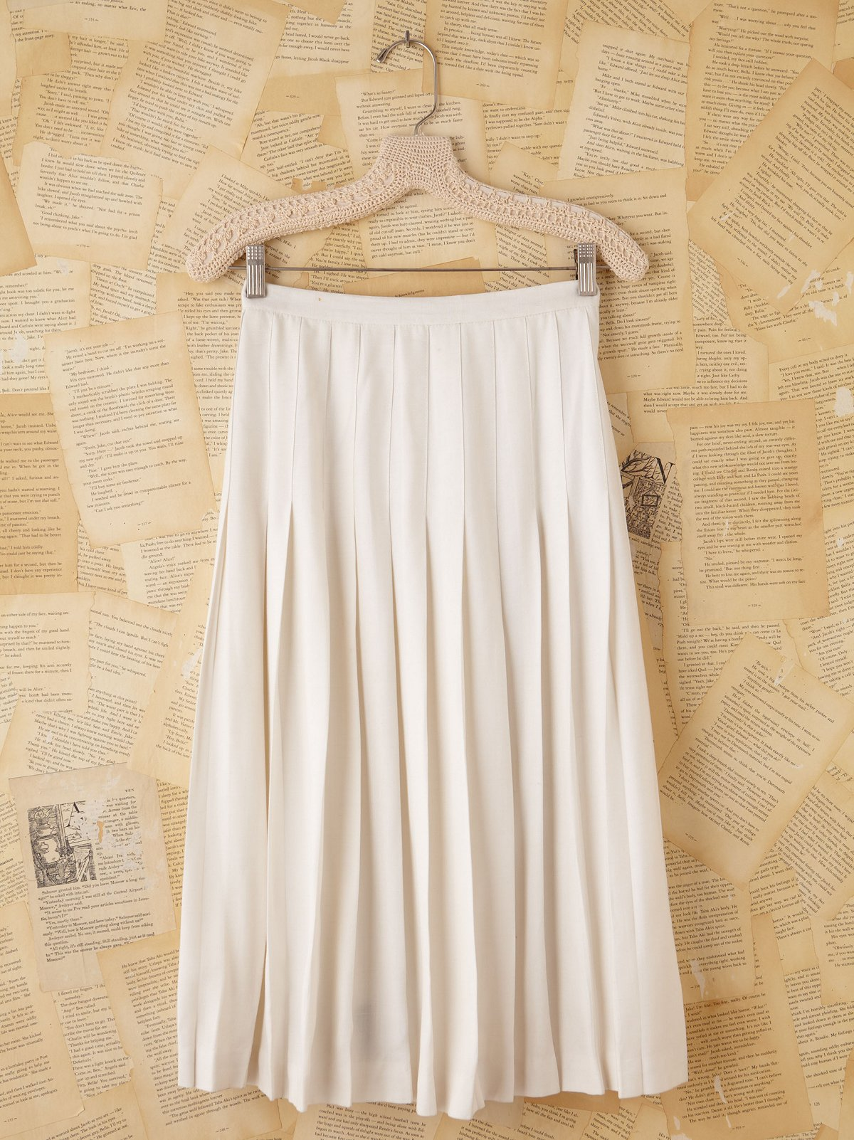 Vintage Burberrys' White Pleated Midi Skirt