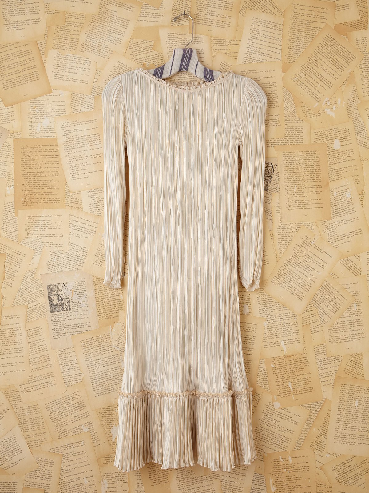 Vintage Cream Silk Pleated Dress