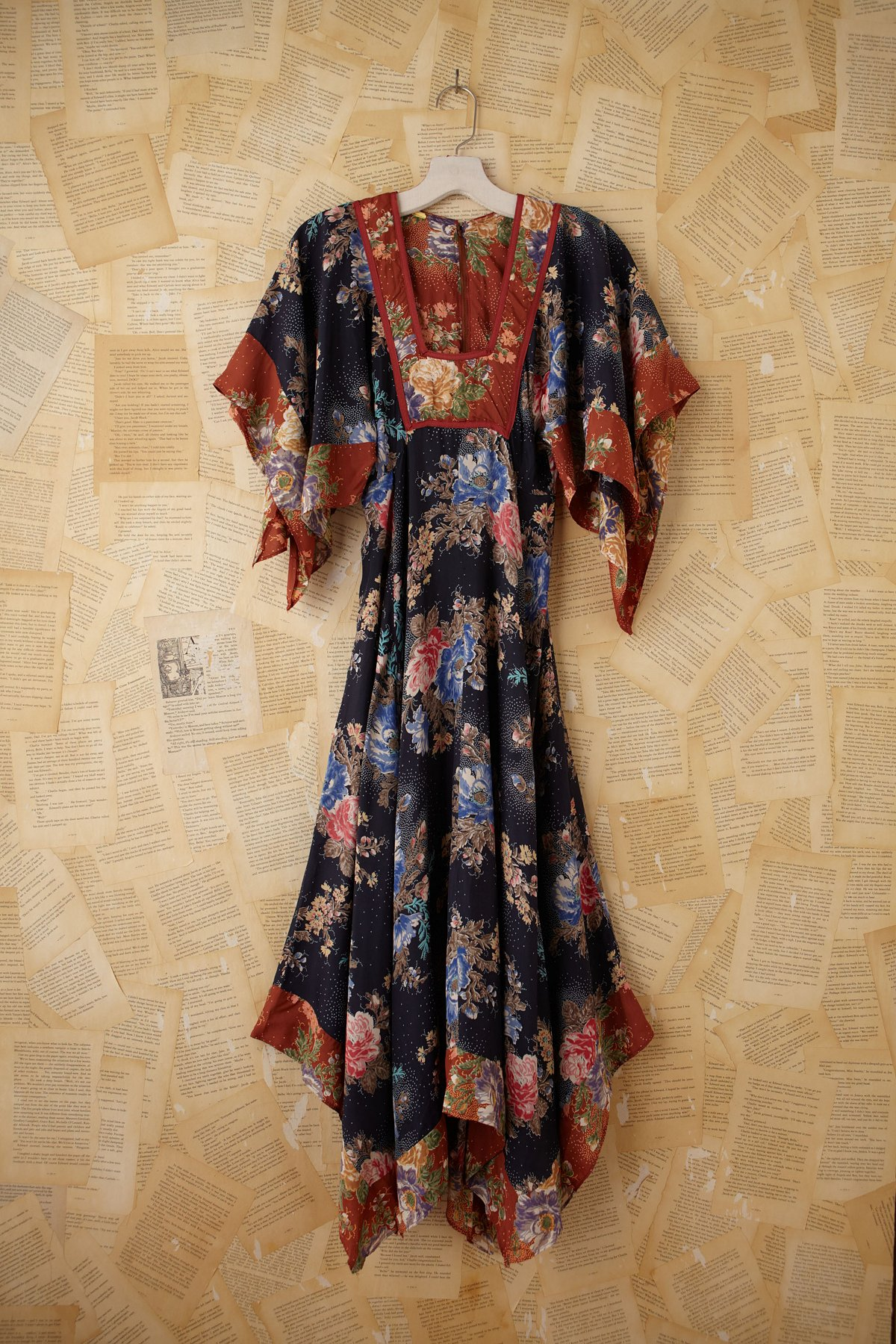 Vintage Floral Printed Empire Waist Maxi Dress