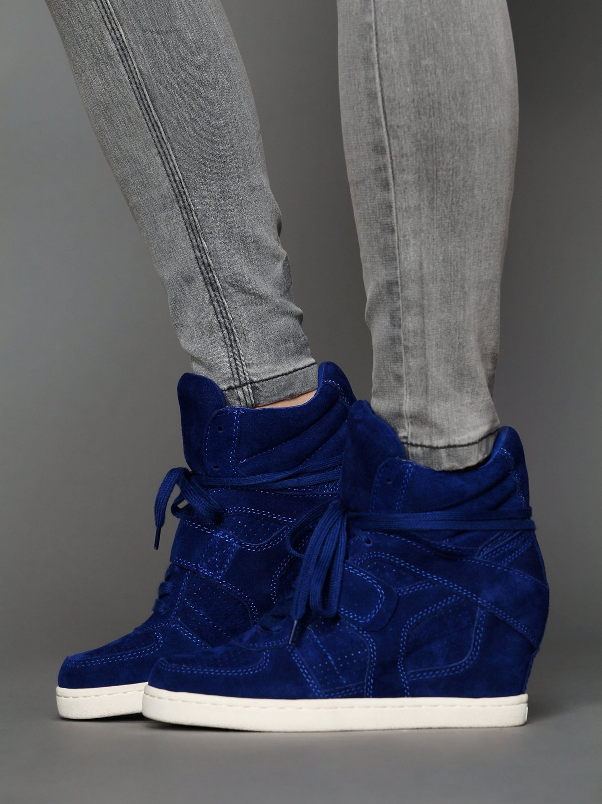 Cool Wedge Sneaker