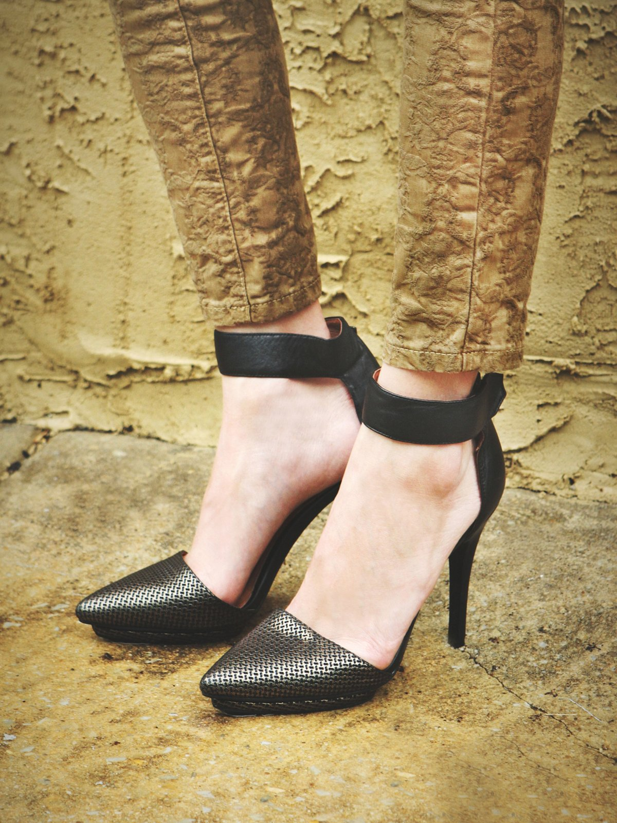 Solitaire高跟鞋