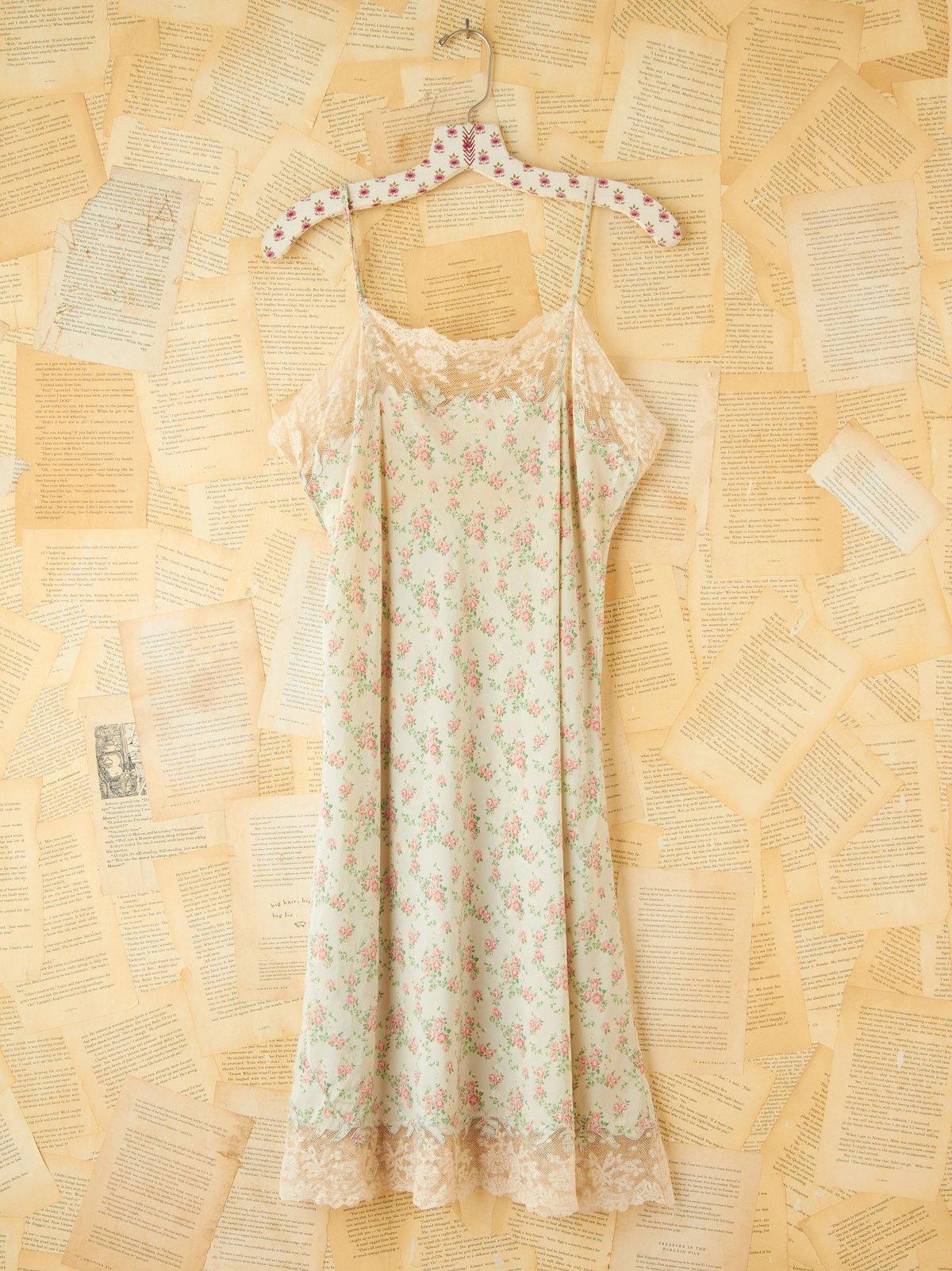 Vintage Ditsy Floral Printed Slip