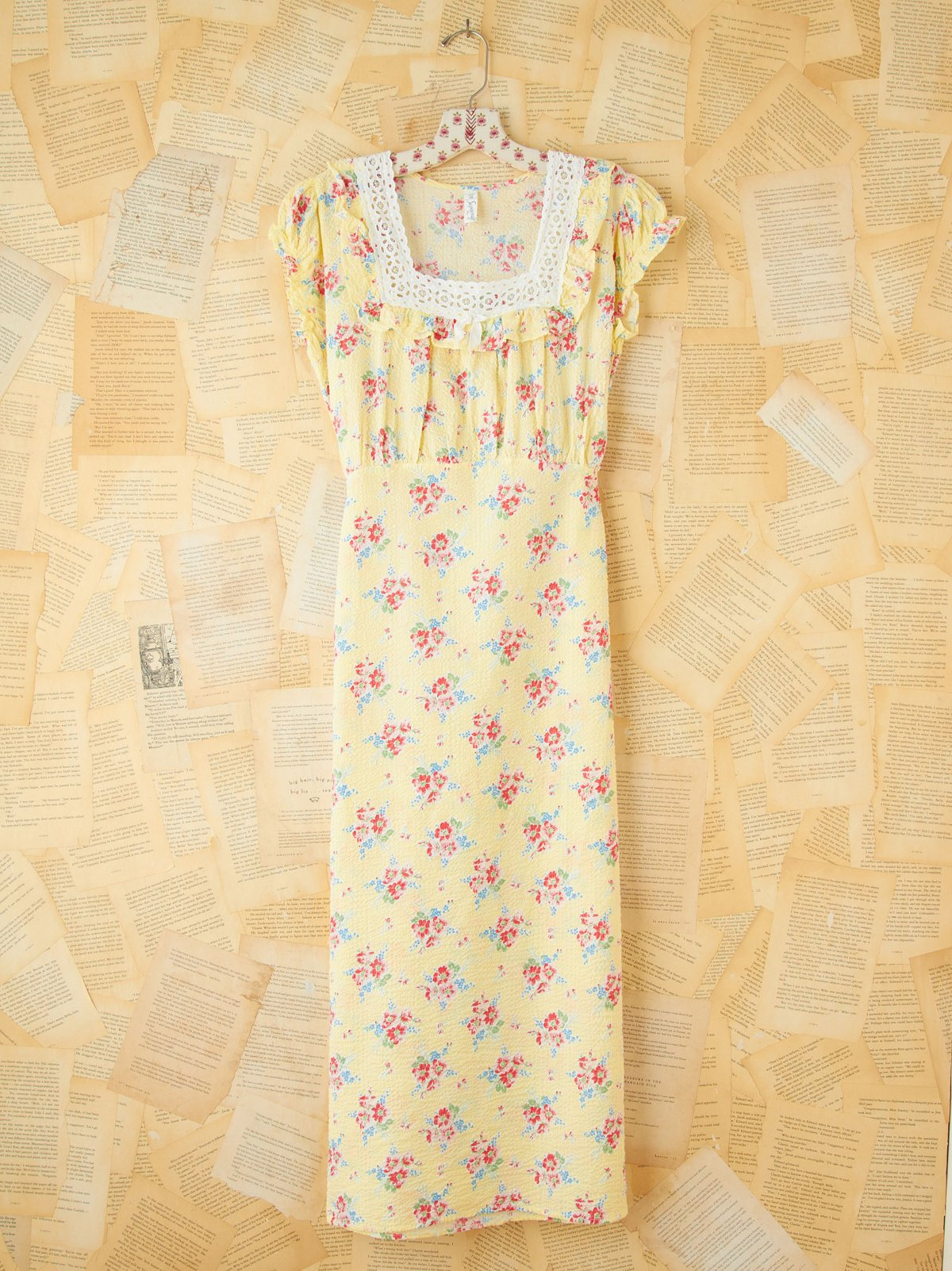 Vintage Floral Printed Seersucker Maxi Dress