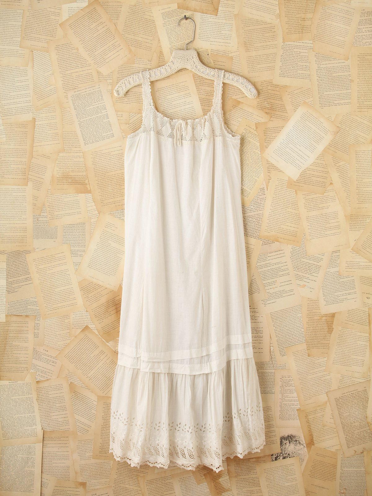 Vintage Sleeveless Shift Dress
