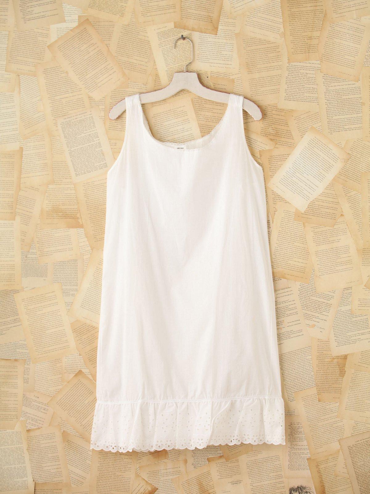 Vintage Lace Sleeveless Dress