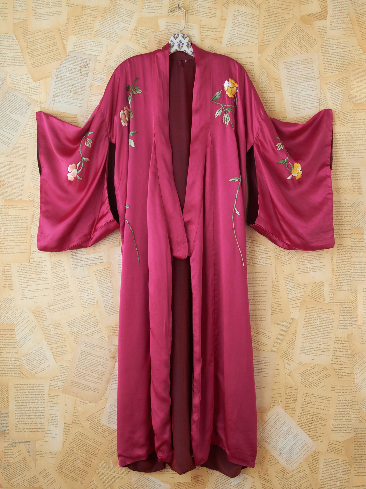 Vintage Pink Silk Floral Embroidered Kimono