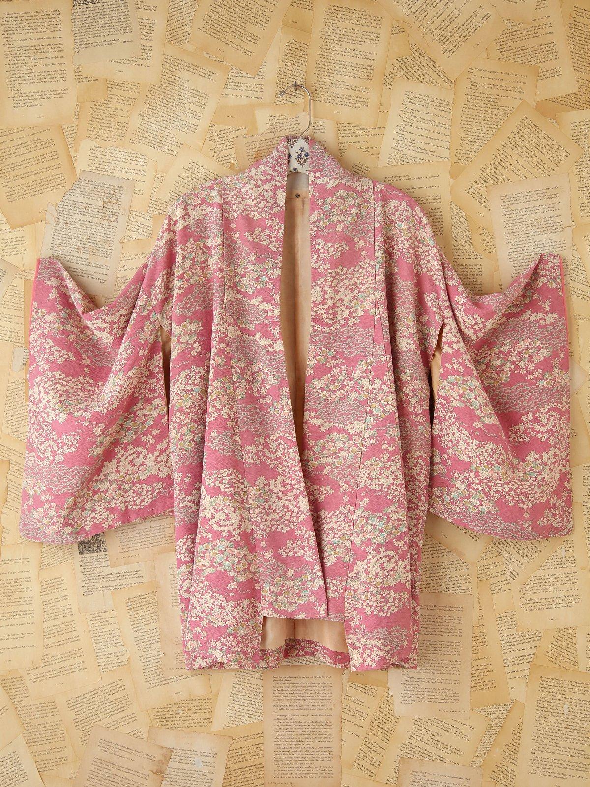 Vintage Lavender Floral Printed Kimono