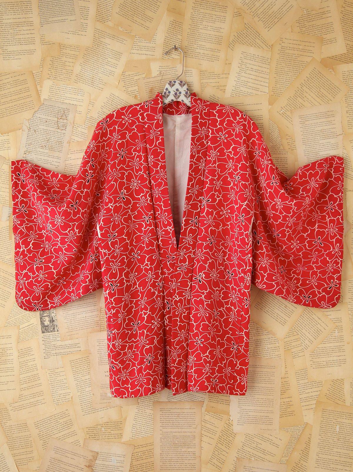 Vintage Red and White Printed Kimono