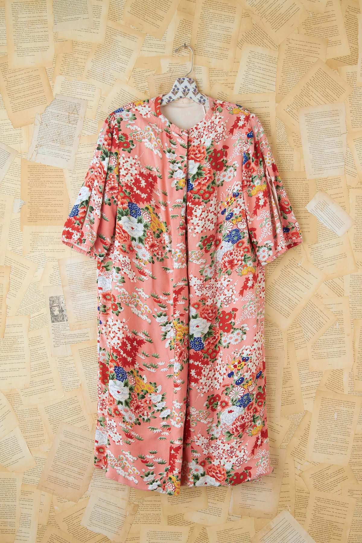 Vintage Pink Floral Printed Kimono