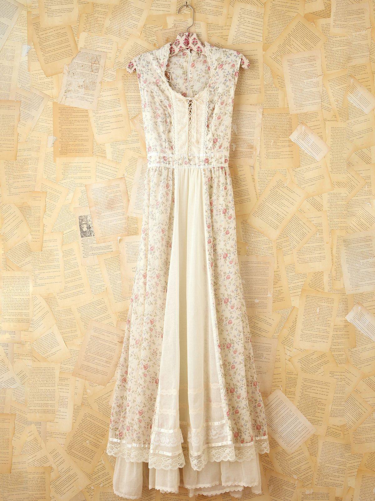Vintage Creme Floral Dress