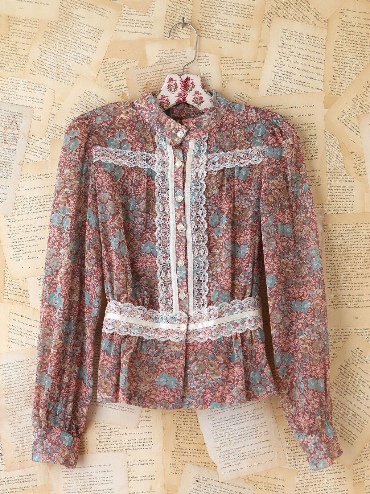 Vintage Ditsy Floral Printed Blouse