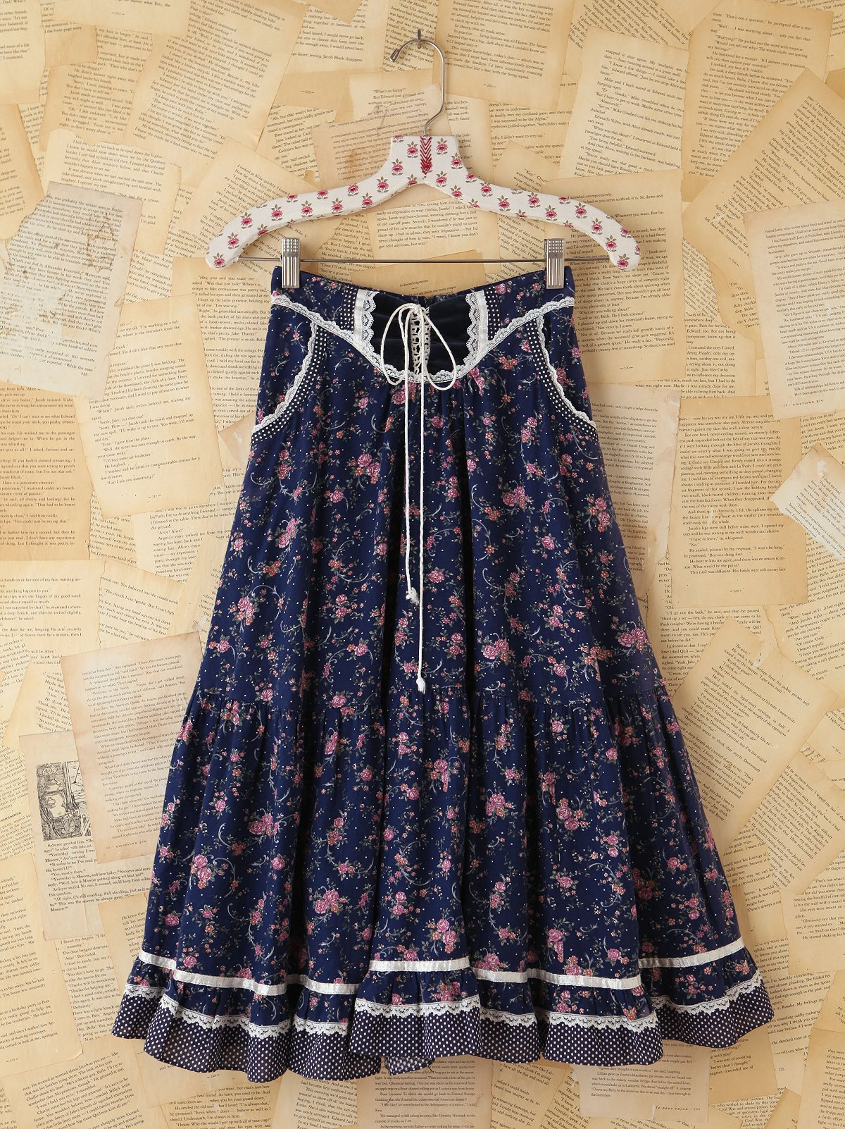 Vintage Floral Lace Skirt