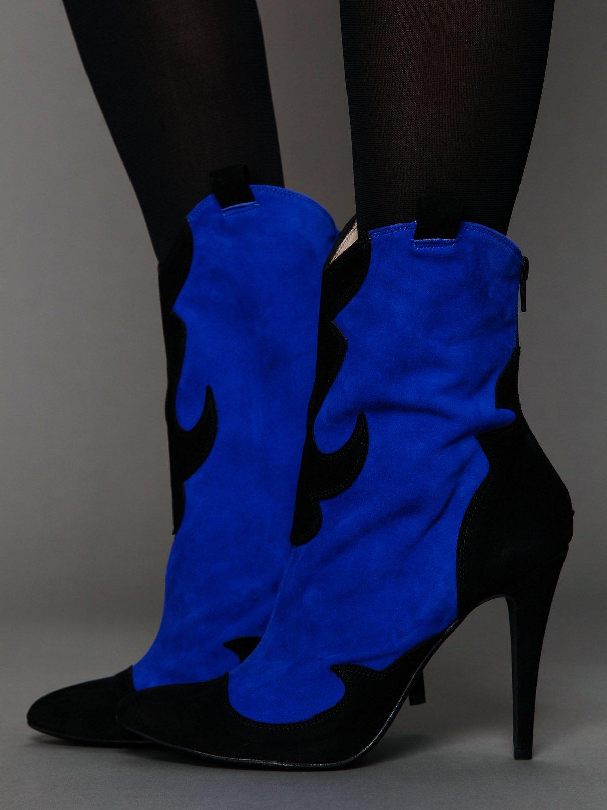 Carousel Heel Boot