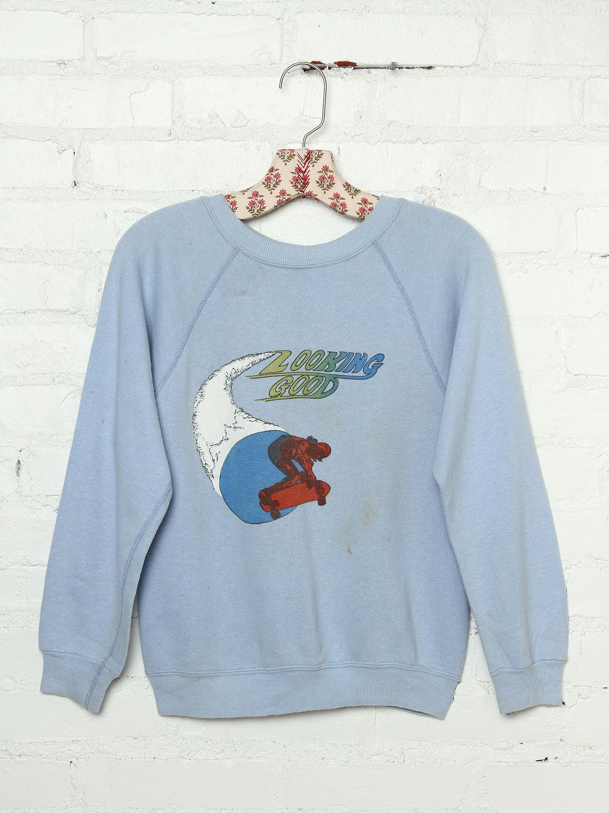 Vintage Looking Good Graphic Pullover