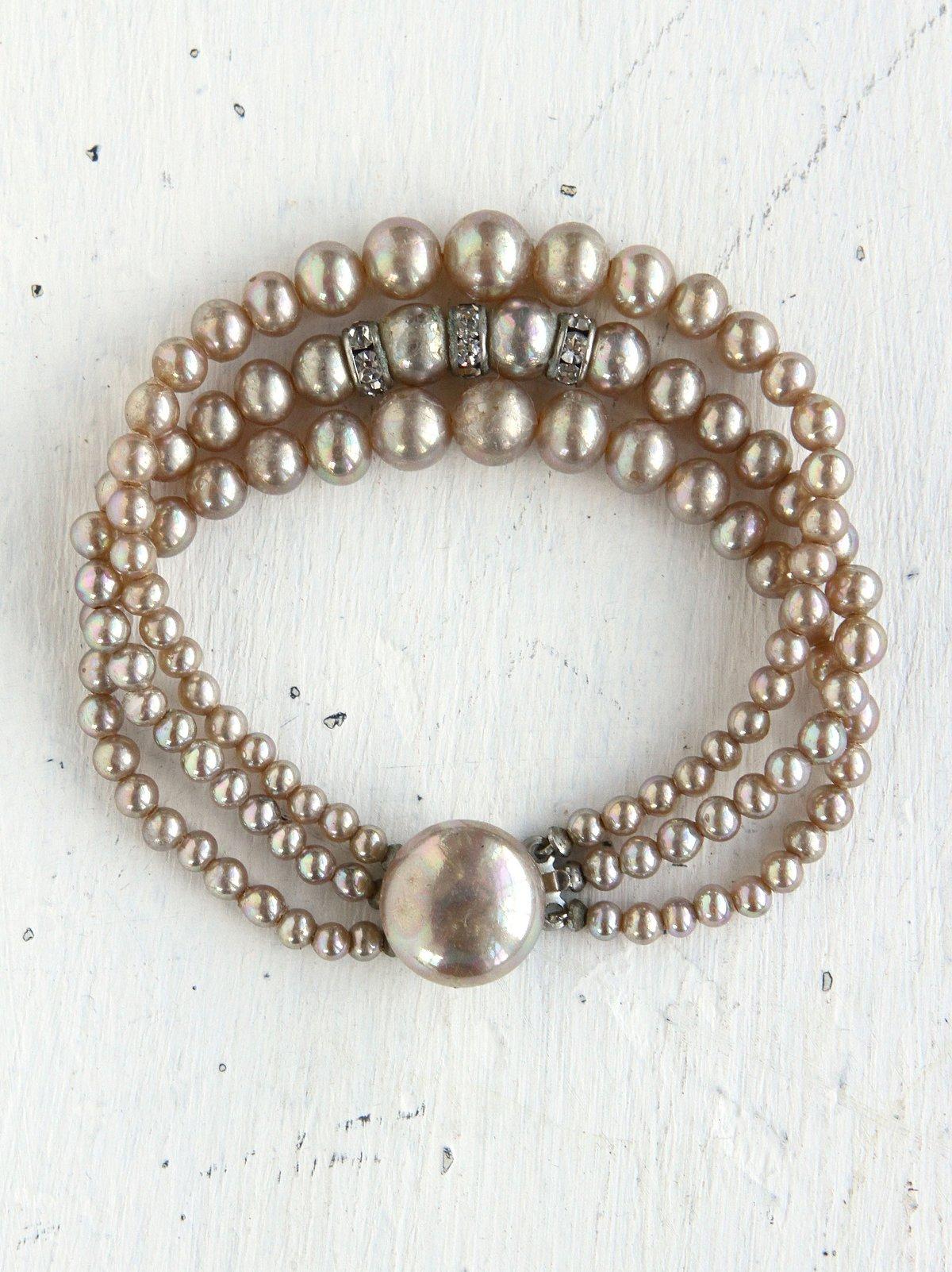 Vintage Creme Costume Pearl Bracelet