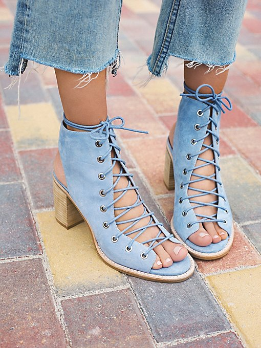 Product Image: Minimal Lace Up Heel