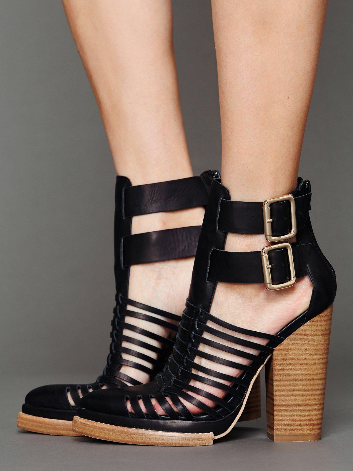 Fairfax Heel
