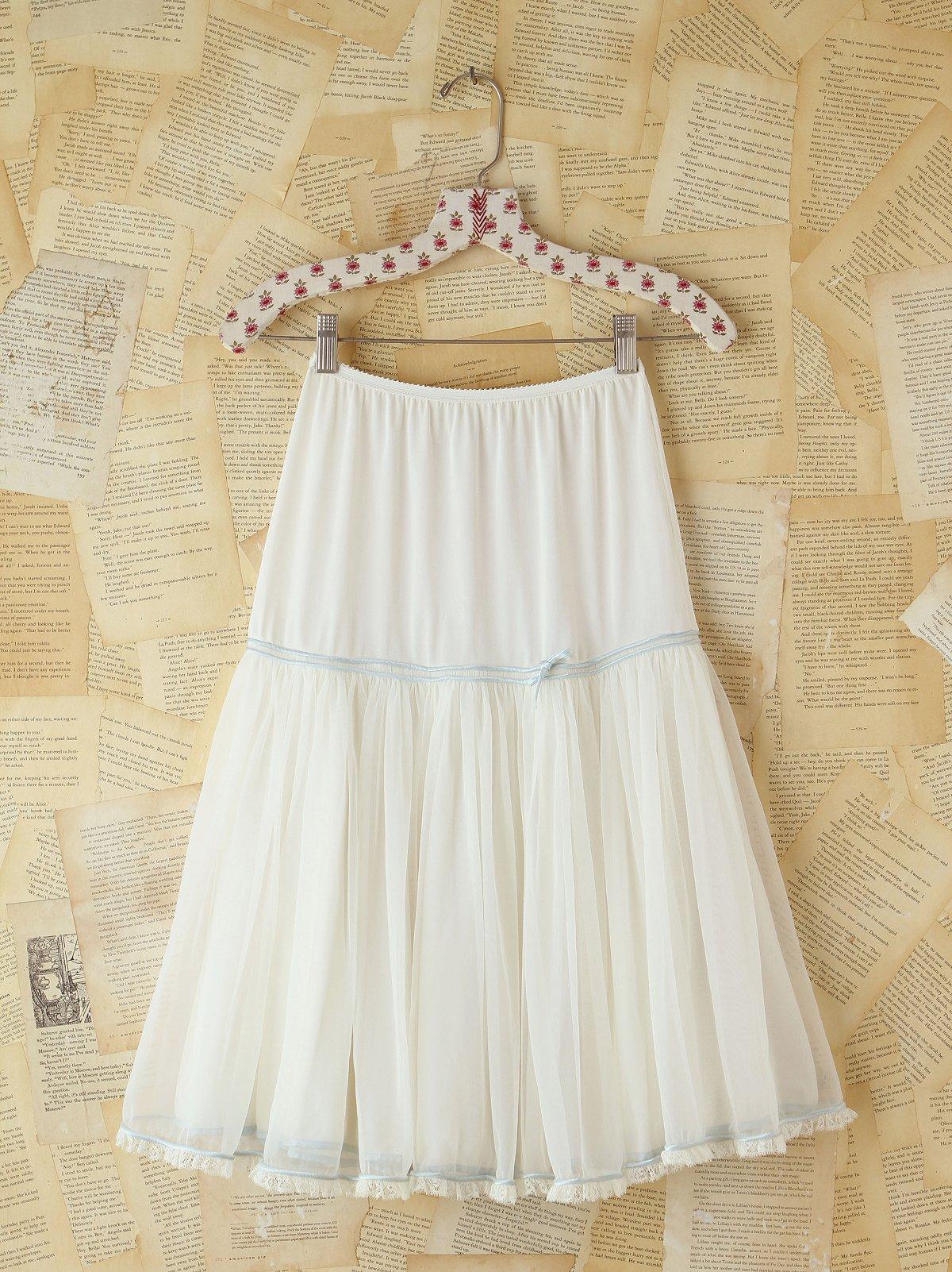 Vintage White Layered Skirt